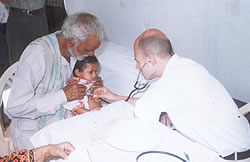 Volunteer Paediatric Consultant from London providing services in Gwalior